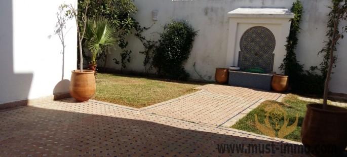 Villa tout confort au sein d'une résidence à Malabata