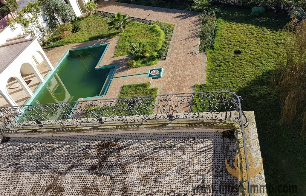 Belle villa de Prestige avec piscine  vue sur Tanger ville