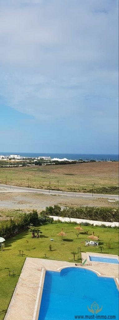 Grand appartement en retrait avec vue sur mer
