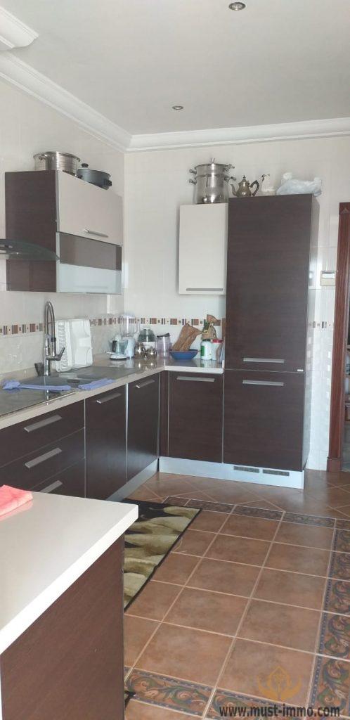 Grand et bel appartement à vendre à Boubana