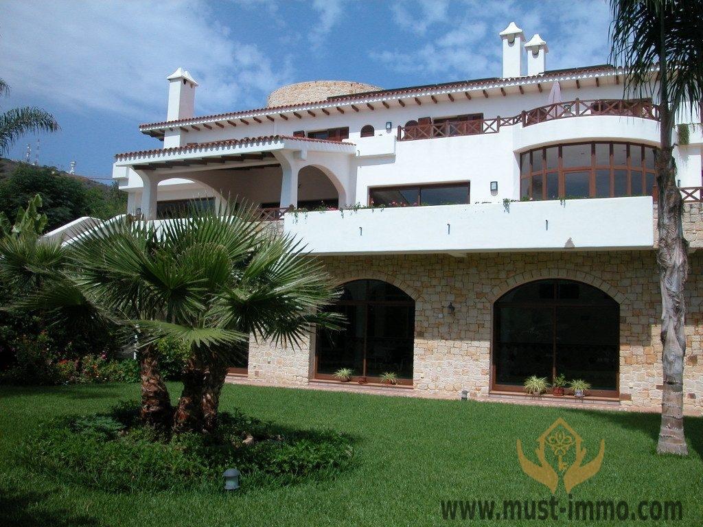 06_villa_del_alba_fachada_sur