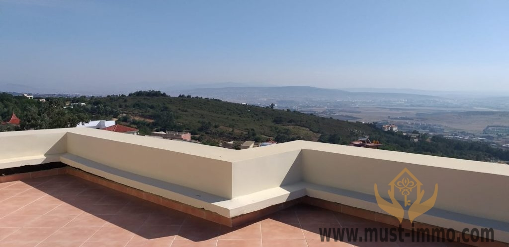 Belle villa à vendre à Médiouna avec vue panoramique sur la mer