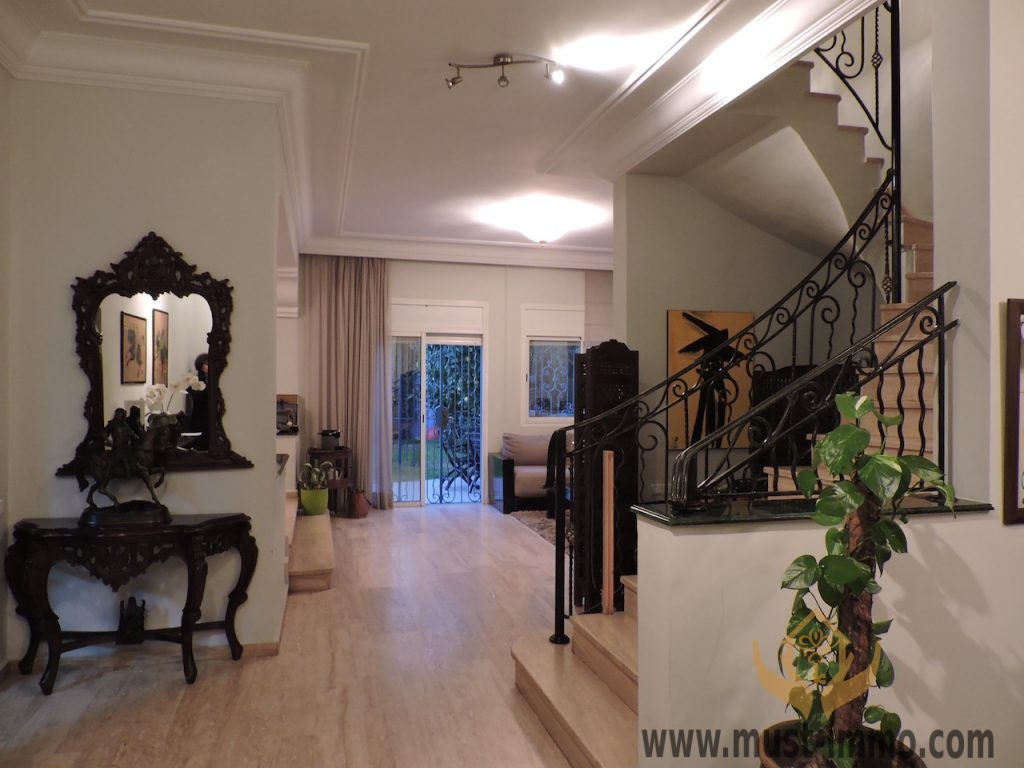 Casablanca, Californie : villa avec piscine dans résidence sécurisée à vendre