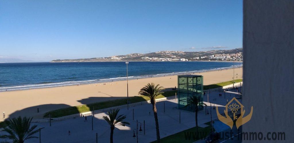 Tanger, 1ère ligne front de mer, appartement à vendre