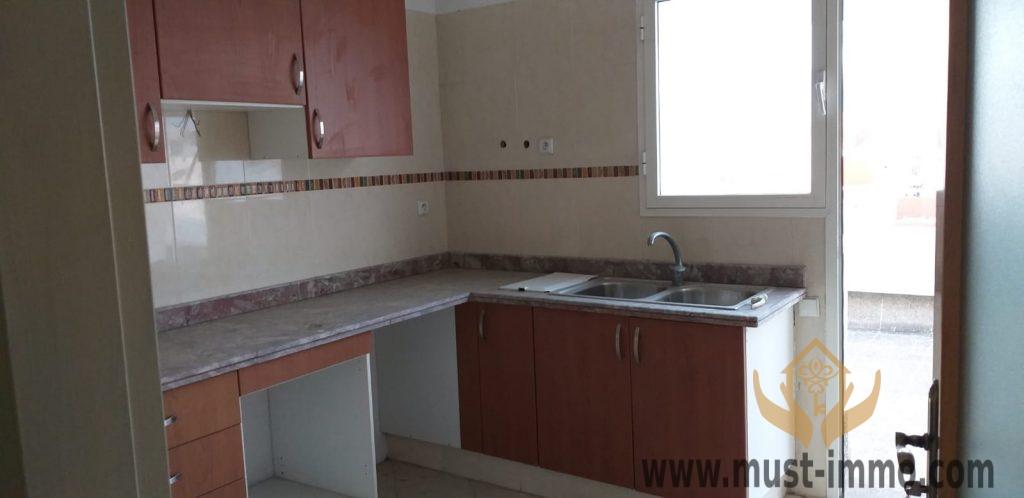 Tanger : appartement proche des grands axes à vendre