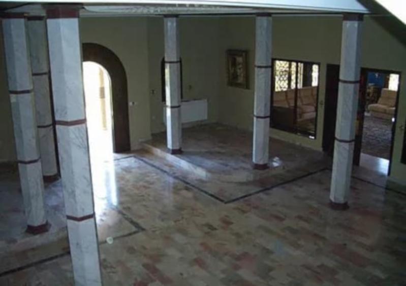 Rare et idéal investissement sur Tanger : Villa sur un terrain de 4 750 m2 dans la zone du Golf de Tanger