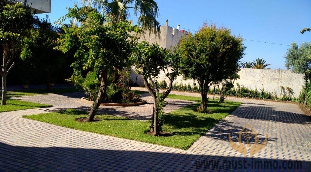 Grande villa avec jardin et vue Mer  quartier du Marchan