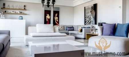 Casablanca, Princesses district: superb duplex for rent