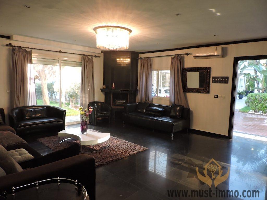 Casablanca, Bouskoura : à vendre très belle villa sur 2 000 m2