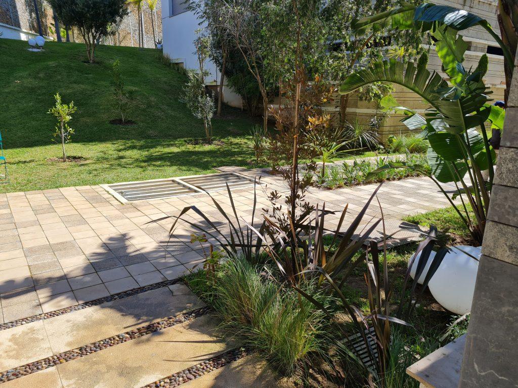 Appartement ensoleillé avec terrasse et vue jardin          Tanger, Malabata